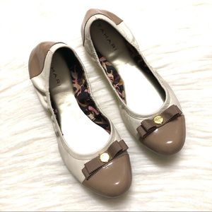 Tahari two toned patent leather flats